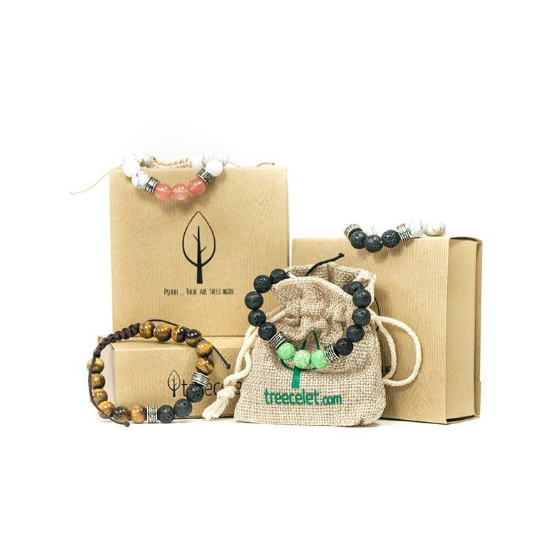 Paket 4 zapestnic za zaščito živali + darilne škatlice